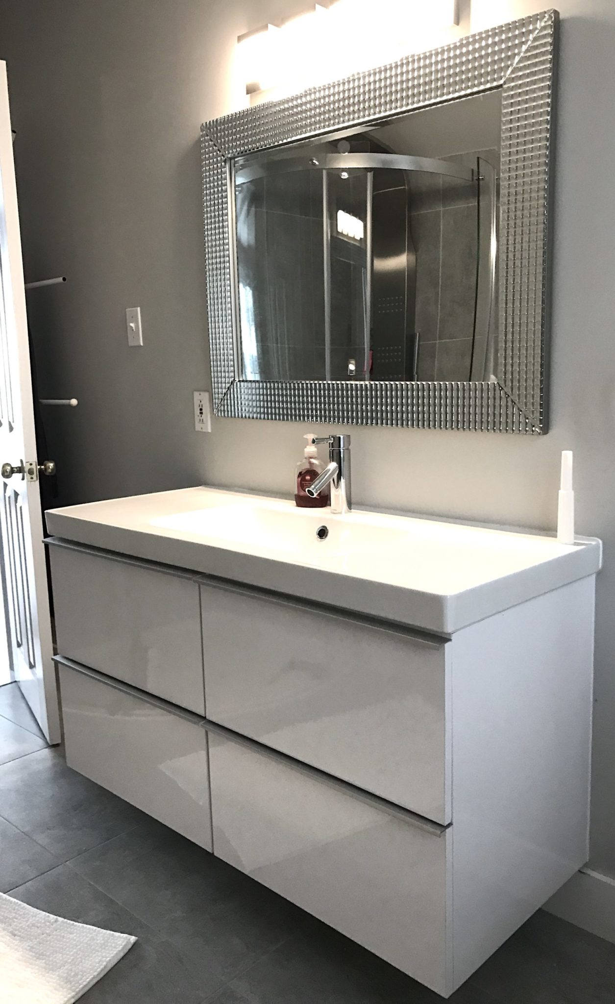 Bathroom-Vanity-floating-White-Mirabel--scaled (1)