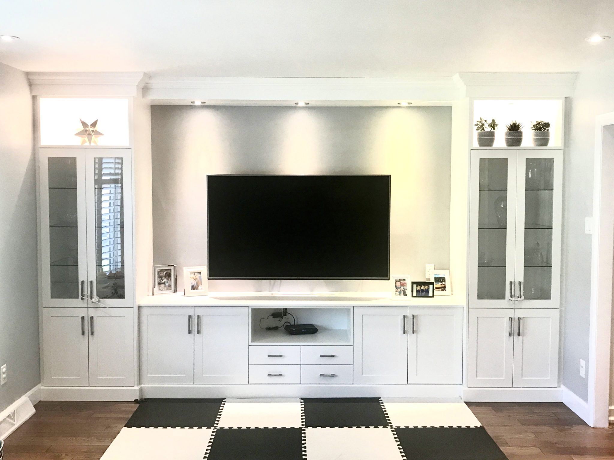 Entertainment Unit Built in - White