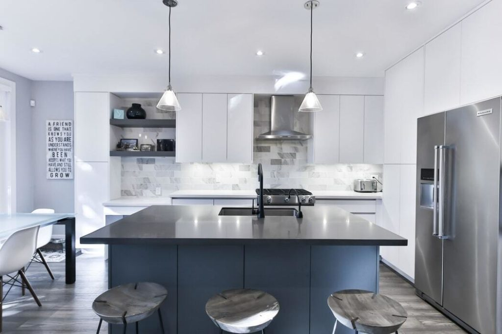 5-best-kitchen-layouts-for-your-next-montreal-renovation-project