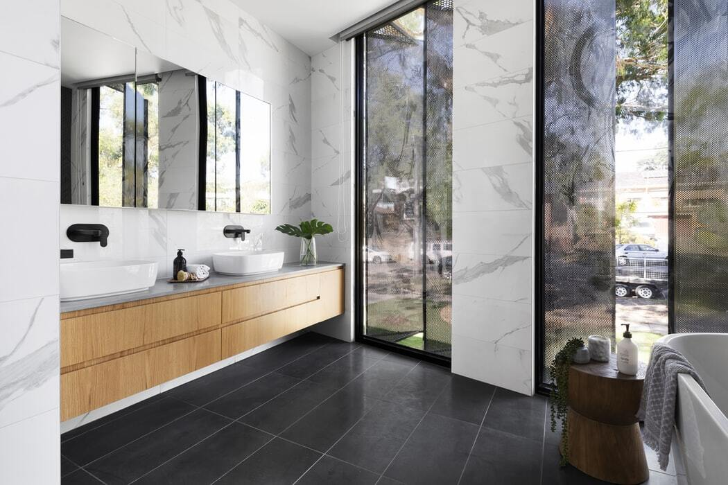 picking-the-right-bathroom-vanity-for-your-montreal-renovation-project