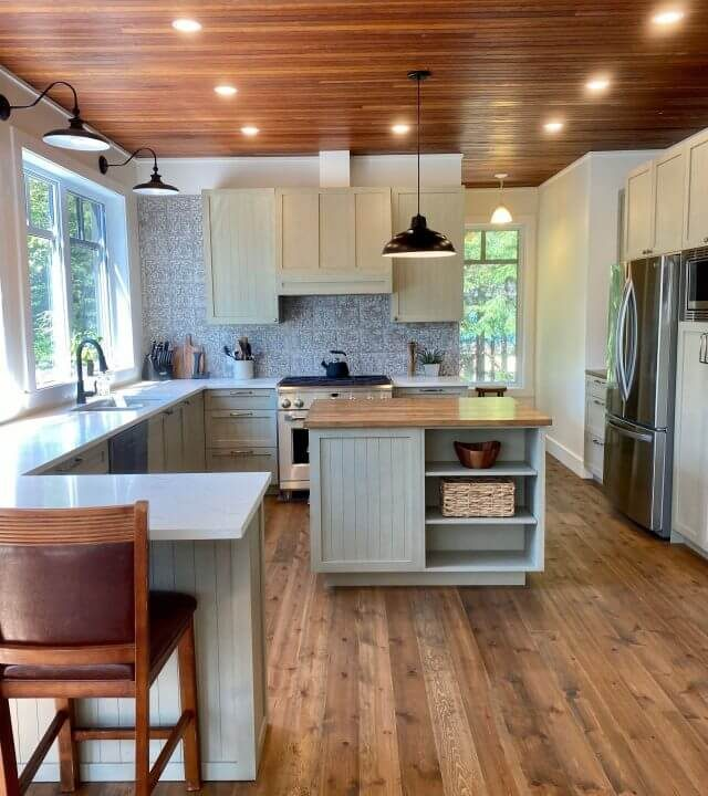 kitchen remodeling done in Montreal Quebec